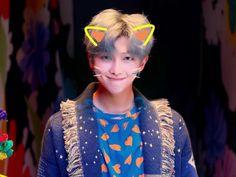 Whoever said filters don't suit him fy cause this is cute af. Foto Bts, Bts Photo, Mixtape, Kim Namjoon, Kim Taehyung, Taehyung Fanart, Jimin Fanart, Bts Rap Monster, Bts Bangtan Boy