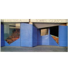 Elias Torres JAM Lapeña - Ferreteria Torres Guasch, aparador obert - Retail.