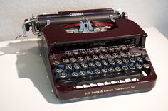 Joe Dimaggio's Smith Corona Sterling 1934: used at the home he shared with his wife Marilyn Monroe