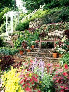 Cute idea for a garden...family names or grandchildren's name