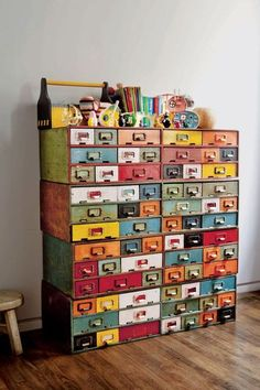 The Most Unique Ways to Hack Moppe Ikea Mini Drawers - Pillar Box Blue - - Ikea mini drawers (Moppe) are really handy but as they come unfinished they are perfect for hacking. Here I show you 20 of the best Ikea mini drawers hacks. Upcycled Home Decor, Diy Home Decor, Upcycled Crafts, Diy Crafts, Feng Shui, Coloring Book Storage, Crazy Home, Homemade Air Freshener, Vintage Library