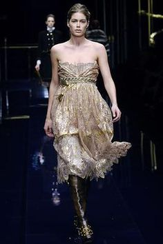 Dolce & Gabbana Fall 2006 Ready-to-Wear Fashion Show: Complete Collection - Style.com