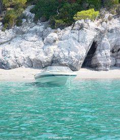 Ftelia or Neraki beach, Skopelos island, Sporades, Aegean sea, Greece Skopelos Greece, Skiathos, Samos, Beautiful Islands, Beautiful Places, Places To Travel, Places To Visit, Myconos, Places In Greece