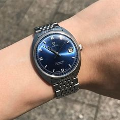 REPOST!!!  Blue day 💙🤤 #gadget #seamaster #chronograph #time #collector #watching #reloj #watchfam #instagram #toy #mondani #pilotwatch #womw #vintagewatch #watchoftheday #ig_watchers #watchcollector #watchmania #wristwatch #dailywatch #classicwatch #luxury #minimalism #lifestyle #wristshot #menfashion #menswear #menstyle #luxurywatch #passion #wristshot @omega @the_watchier @craniotes @crmjewelers @thehorophile @whatchs @lovewatches @waikato7 @hodinkee @watchanish  Photo Credit: Instagram…