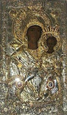 Πνευματικοί Λόγοι: Η Παναγία Οδηγήτρια επέλεξε μόνη της τη μόνιμή της εγκατάσταση! Religious Icons, Religious Art, Orthodox Catholic, Greek Icons, Byzantine Architecture, Biblical Art, Black History Facts, Madonna And Child, Orthodox Icons