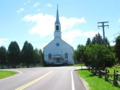 One of the four churchs in the historic village of Kinnear's Mills - Une des quatre églises du village historique de Kinnear's Mills