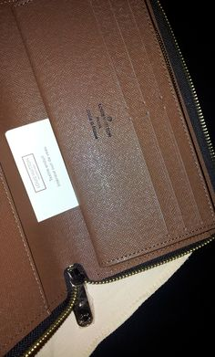 LV Sarah wallet.details $128+FREE shipping +on-line payment
