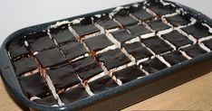 Jednostavan ,lagan i brz u pripremi .Mana,previše brzo nestane.  Sastojci    Biskvit    6 žumanjaka    12 kašika(ravnih) šećera   ...