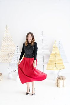 How to dress for the holidays!  Ideas from Caroline Harper Knapp #holiday #style #christmas #womansfashion