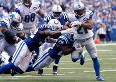Ameer Abdullah #21 of the Detroit Lions runs past D'Qwell Jackson #52 of the Indianapolis Colts and Mike Adams #29 of the Indianapolis Colts during the second quarter of the game against the Indianapolis Colts at Lucas Oil Stadium on September 11, 2016 in Indianapolis, Indiana. (Photo by Joe Robbins/Getty Images)