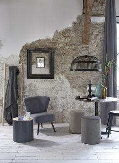 Woonkamer- Boer Staphorst | #stoel #vtwonen #lamp #tafel #wanddecoratie #behang #decoratie #accessoires #behang #industrieel Bekijk meer op www.boer-staphorst.nl/vtwonen