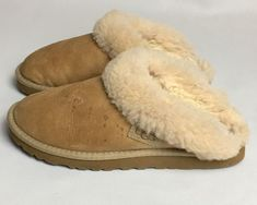 a6e8e62321d 26 Best Slippers images in 2019