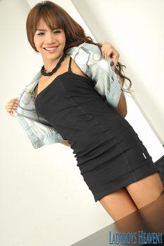 Sexy ladyboy secretary Nadia. #ladyboy #shemale #tgirls