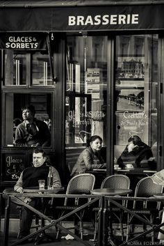 Brasserie, Paris by MonikaRozanska Vintage Cafe, Vintage Paris, Paris Photography, Vintage Photography, Podcast Musica, Cafe Concert, Italian Cafe, Jean Paul Sartre, Old Photos