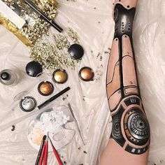 A hand-painted #robot leg using @patmcgrathreal Metalmorphosis 005 ✨‍♀️ Could not complete due to back pain! Painting your own body parts is so exhausting!  #robotleg #robotmakeup #cyborg #makeup #bodypaint #patmcgrath #metalmorphosis005
