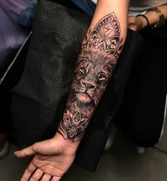 Check out the collection of lion Tattoo on hand with designs. We have the best collection of latest Lion Tattoo Designs. Cool Arm Tattoos, Feather Tattoos, Trendy Tattoos, Forearm Tattoos, Unique Tattoos, Body Art Tattoos, Tattoos For Guys, Forearm Mandala Tattoo, Mandala Tattoo Sleeve