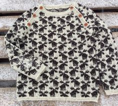 Ravelry: Moose Sweater pattern by Lone Kjeldsen Knitting For Kids, Knitting Projects, Baby Knitting, Knitting Patterns, Crochet Stitches Patterns, Stitch Patterns, Baby Sweaters, Wool Sweaters, Fair Isle Knitting