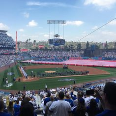 THINK BLUE: My first Dodgers Opening Day Game in few years...still an awesome experience...good vibe in stadium... #losangeles #ladodgers #dodgers #dodgersstadium #openingday2016 #openingday #mlb #baseball #spring #fun #losangelessports @la_dodgers._ by ichiban_312