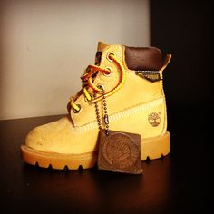 These kids' waterproof boots are inspired by the original Timberland boots. Cute Baby Shoes, Baby Boy Shoes, Toddler Shoes, Boys Shoes, Baby Boy Outfits, Kids Outfits, Baby Boy Swag, Kid Swag, Baby Boy Fashion