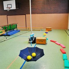 Pedalo e. Leer Bewegungslandschaft : Pedalo e. Sports Activities For Kids, Physical Education Activities, Motor Activities, Games For Kids, Montessori Trays, Montessori Materials, Toddler Gym, Pe Lessons, Pe Games