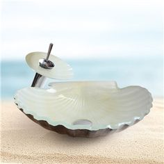 Modern Fashion Scallop Shape Tempered Glass Sink and Faucet Set