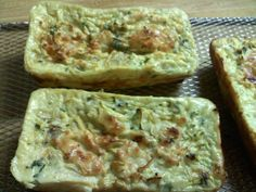 Delicious mini-frittatas from this recipe: australian. Healthy Recipes For Weight Loss, Healthy Foods To Eat, Healthy Eating, Mini Frittata, Australian Food, Guacamole, Good Food, Food And Drink, Lose Weight