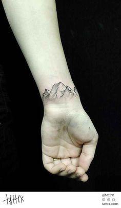 Uma montanha: | 65 ideias absolutamente inspiradoras para tatuagens de punho