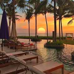 Enjoy the best things to do: museums, monuments, attractions and city tours in Bali Beautiful Hotels, Beautiful World, Beautiful Sunset, Wonderful Places, Beautiful Places, Destinations, Voyager Loin, Best Sunset, Destination Voyage