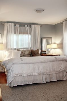 Bed in front of window, white curtains. for the home bedroom Gray Bedroom, Home Decor Bedroom, Master Bedroom, Bedroom Ideas, Pretty Bedroom, Bedroom Inspiration, White Curtains, White Bedding, Window Curtains
