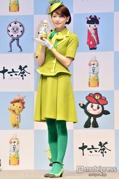 (画像2/15)新垣結衣、バスガイド姿でキュートなダンスを生披露