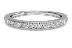 Women's Micropavé Diamond Wedding Band - in 14kt White Gold (0.22 CTW)