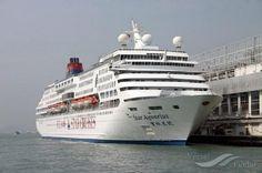 SUPERSTAR AQUARIUS, type:Passenger (Cruise) Ship, built:1993, GT:51309, http://www.vesselfinder.com/vessels/SUPERSTAR-AQUARIUS-IMO-9008421-MMSI-308273000