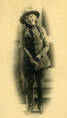 Mary Pickford (1892-1979)