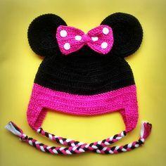 Touca de Crochê Minie                                                       … Crochet Baby Beanie, Crochet Kids Hats, Crochet Cap, Crochet Quilt, Baby Girl Crochet, Crochet Baby Costumes, Crochet Hat For Beginners, Newborn Crochet Patterns, Crochet Christmas Gifts