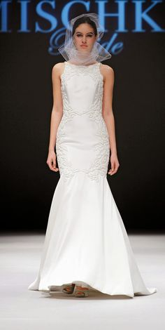 Badgley Mischka Bridal Fall 2015 #Bridal #weddinggowns