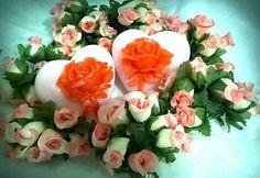 Que charme esses corações com essas rosas em destaque!