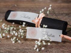 """Anhänger-Tischkarte """"Dalia"""" apricot von *Formatreich-Hochzeitskarten* auf DaWanda.com"""