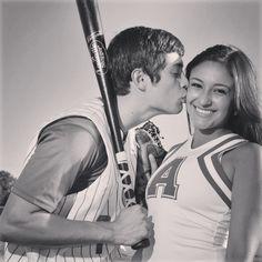 Baseball girlfriend pic. I love it ❤