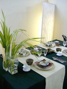 Table setting inspire by Japanese style. http://wiki.zakka56.com/img/w01.jpg