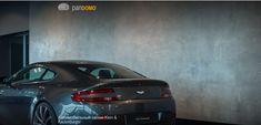 PANDOMO Wall в автомобильном салоне Bmw