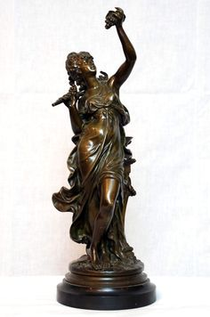 Bronze Statue of Lady with Grapes