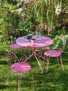 Table ROMANCE : http://www.alinea.fr/romance-table-rose.html
