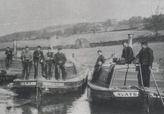 Black and white photo of three steam flyboats around 1915 Victorian Village, Flats Boat, Vintage Boats, Flying Boat, Strange Photos, Canal Boat, Narrowboat, Historical Images, Old Photos