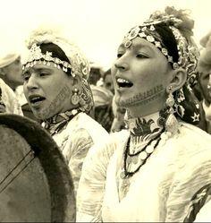 Morocco - Berber Women in Chorus, c 1950s