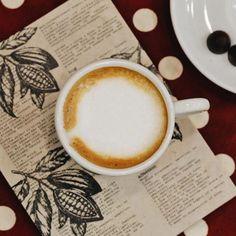 Dia do amigo é dia daquele café quentinho regando diálogos cheios de lembranças, abraços, histórias e muitas risadas! Comemore esta data desfrutando das melhores coisas da vida! ❤️ #DiadoAmigo #CiaMineiradeChocolates #Uberlândia