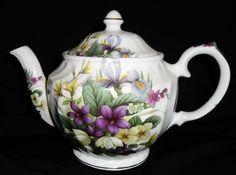Windsor Teapot Violet Iris Floral Pattern Gold Made England Vintage
