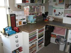 I think I'd like my paper that close to my reach! Scrapbook Room Organization, Scrapbook Storage, Scrapbook Rooms, Disney Scrapbook, Storage Organization, Storage Ideas, Craft Room Design, Craft Room Decor, Craft Room Storage