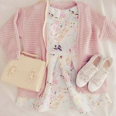 Cute pastel look for the spring with the pastel yellow satchel, doll-like shoes, pastel cardigan, and light floral dress.