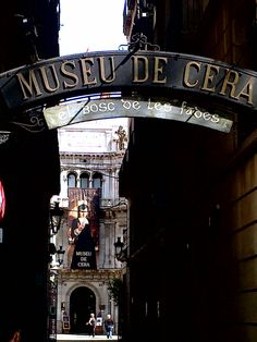 Museu de Cera (The Wax Museum)
