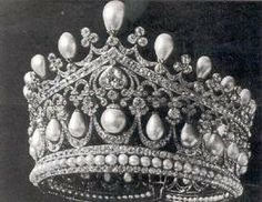 Romanov pearl drop tiara